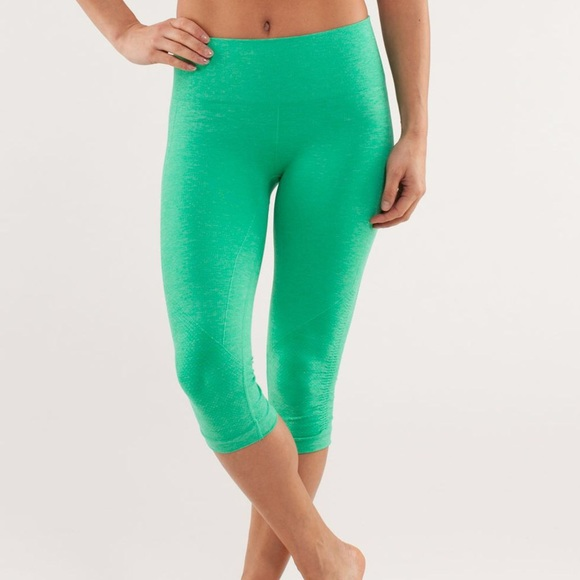 b677a491749b5e lululemon athletica Pants   Lululemon In The Flow Very Green ...